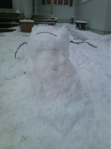 Sad headless snowman.